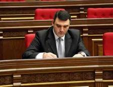 Photo of Կոստանյանի քվեարկության ժամանակ ո՞վ էր «պառկած» եւ ո՞վ «կանգնած»