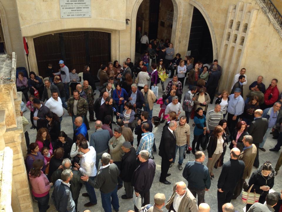 Photo of Քեսաբահայերին հանձնվեցին ՀՀ քաղաքացու անձնագրեր