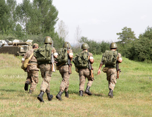 Photo of Среди военнослужащих, зараженных коронавирусом, находящихся в критическом состоянии нет