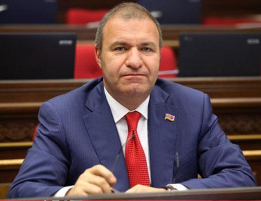 Photo of «К чему заявлять, что мы опережаем Азербайджан, а после исправлять сказанное, если это не так?», — депутат НС от фракции «Процветающая Армения» Микаел Мелкумян