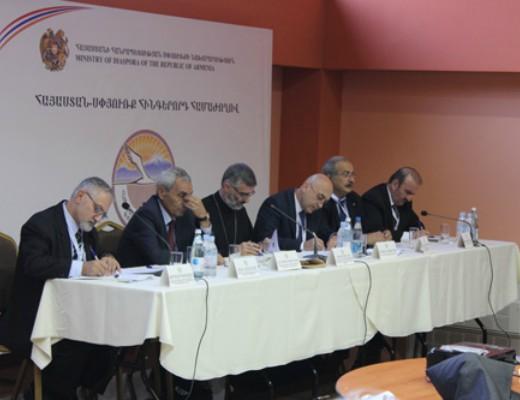 Photo of Սիրիահայ համայնքի հիմնախնդիրները՝ նիստի քննարկումների առանցքում