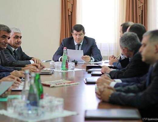 Photo of ԼՂՀ վարչապետը ներկայացրել է Շահումյանի շրջանի վարչակազմի նոր ղեկավարին