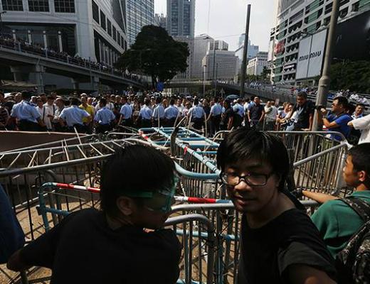 Photo of Հոնկոնգում ցուցարարների ու ոստիկանության միջև նոր բախումներ են գրանցվել