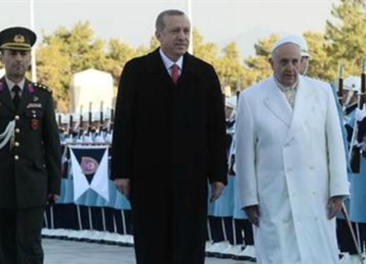 Photo of Հռոմի պապը Թուրքիայում է, Էրդողանը նրան չի դիմավորել օդանավակայանում