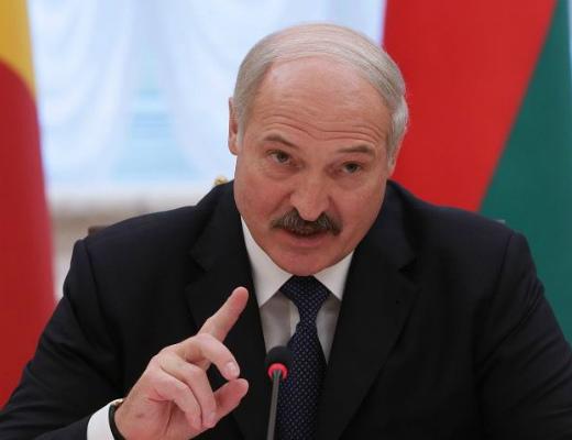 Photo of Лукашенко заявил, что не будет разговаривать с Западом, пока не снимут санкции