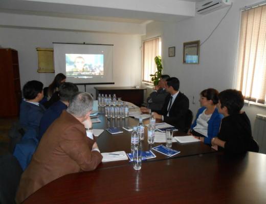 Photo of Օմբուդսմենը միջազգային գործընկերներին է ցուցադրել ադրբեջանական բռնությունները հայ գերու նկատմամբ