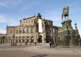 Deutschland_Dresden_Semperoper_1200