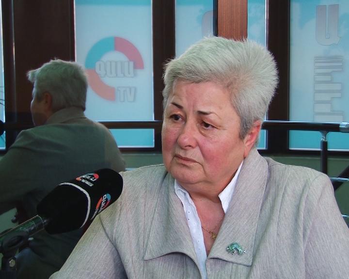 Photo of «Ереван «выжимает соки» из областей … , за это должны быть наказаны власти, ведущие центристскую политику», — этнограф Грануш Харатьян