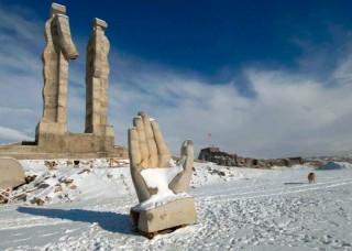 Էրդողանը 10 հզր. լիրա կվճարի հայ-թուրքական բարեկամության հուշարձանին վիրավորանք հասցնելու համար