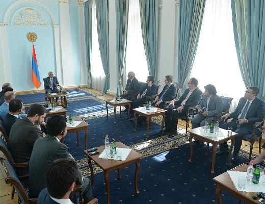 Photo of Ս. Սարգսյանն ընդունել է  հաղորդակցության ոլորտի համաժողովին մասնակցող պատվիրակությունների ղեկավարներին