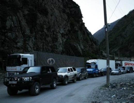 Photo of Ստեփանծմինդա գյուղի մոտ ՀՀ քաղաքացի 2 վարորդ ծեծի է ենթարկվել, բեռնատարները վնասվել են. դեսպանություն