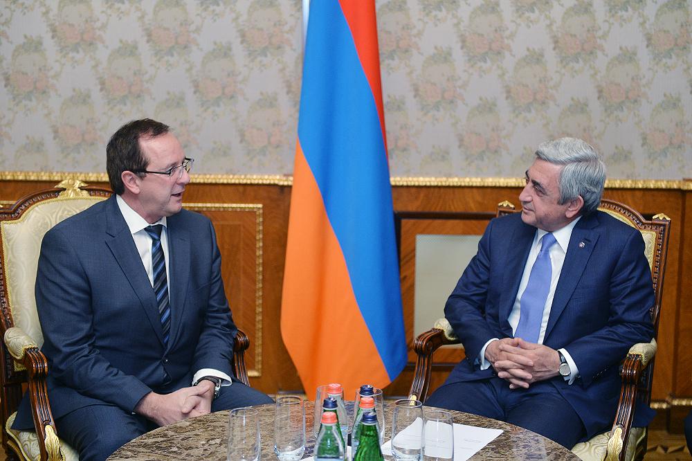 Photo of Սերժ Սարգսյանն ընդունել է Եվրոպական Օմբուդսմենի ինստիտուտի գլխավոր քարտուղարին