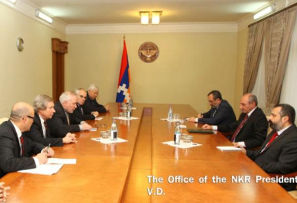 Photo of Բ. Սահակյանը հանդիպել է ԵԱՀԿ Մինսկի խմբի համանախագահների հետ