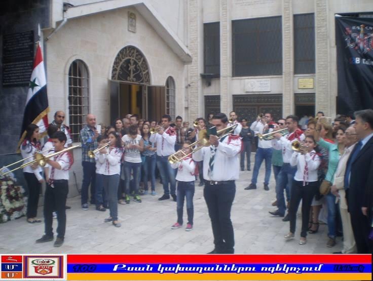 Photo of Չնայած ընթացող թեժ մարտերին, հայերը Դամասկոսում կազմակերպել են բազմամարդ միջոցառում