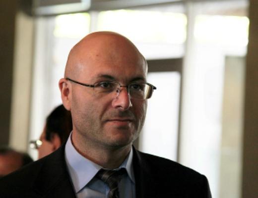 Photo of Վարուժան Ավետիսյանը զենք վերցնելու կոչ է հնչեցրել