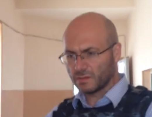 Photo of «Մենք ասում ենք՝ որպեսզի արյունահեղություն չլինի, պետք է Սերժիկը հանձնվի». Վ.Ավետիսյան
