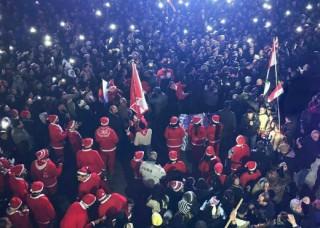 Հալեպում քաղաքի ազատագրումը տոնել են «Զարթնի՛ր, լաո» երգի կատարմամբ.Տեսանյութ