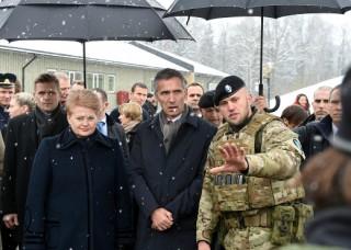 Dalia-Grybauskaitė-Jens-Stoltenberg-600x400