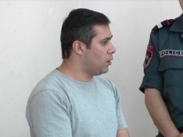 Photo of Դատարանի շենքում հայհոյում եւ ծեծի են ենթարկում Գեւորգ Սաֆարյանին. փաստաբան