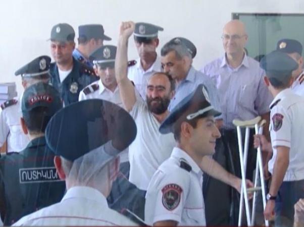Photo of Դատաքննությունները տապալվում են. դատական իշխանությունը չի կարող անցկացնել Սասնա ծռերի գործով դատաքննությունը