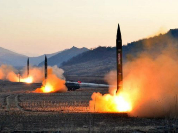 gty-north-korea-missile-launch-04-jc-170307_31x13_1600-905x378