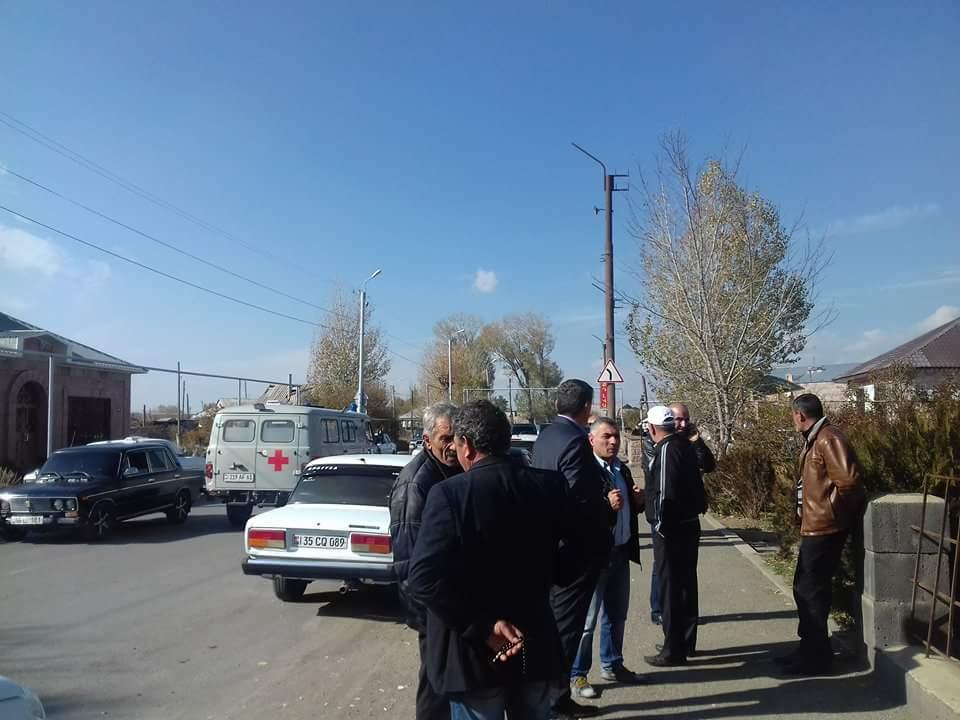 Photo of Ընտրությունները լարված են անցնում Ախուրյանում, Սառնաղբյուրում, Ձորակապում ու այլ համայնքներում ևս