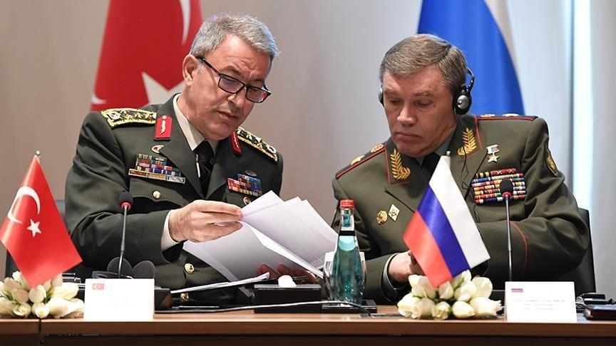 Глава Генштаба Турции Хулуси Акар и глава Генштаба РФ Валерий Герасимов