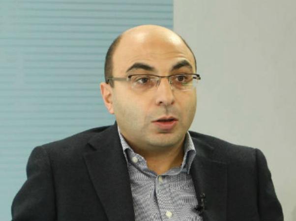 Photo of Փորձագետների ձևակերպմամբ՝ Ադրբեջանը ստացել է հարձակման լեգիտիմ իրավունք. Վահե Հովհաննիսյանի հոդվածը