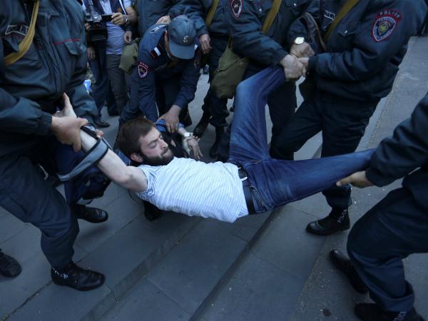 Photo of «Կոռուպցիայի խորհրդանիշն ու ՀՀ քաղաքացու պայքարը» միջազգային ԶԼՄ-ների արձագանքը