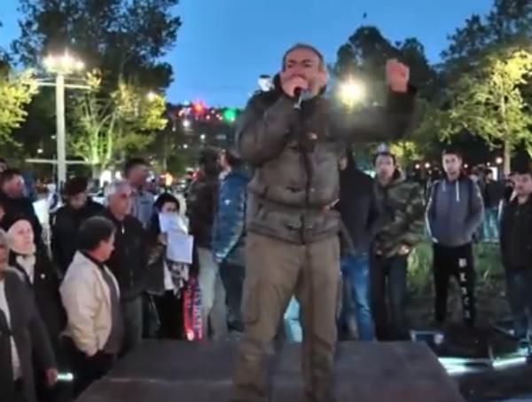 Photo of Շրջափակել փողոցները, կամուրջները, փակել ԱԺ մուտքը. Քաղաքացիական անհնազանդության ծրագիրը