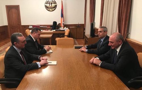 Photo of Բակո Սահակյանն ընդունել է Հայաստանի արտաքին գործերի նախարար Զոհրաբ Մնացականյանին