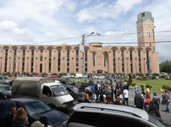 Photo of Армения. Обзор насыщенного событиями дня. 27.06