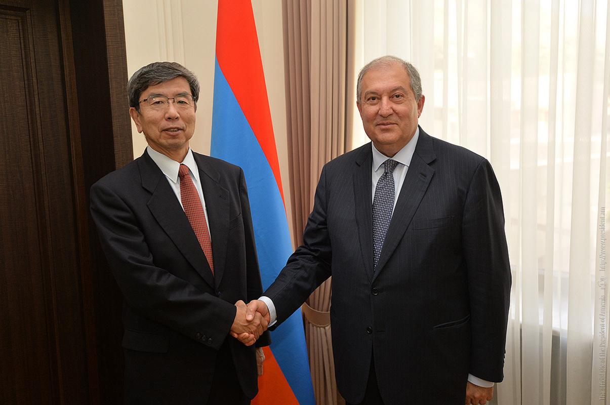 Photo of ՀՀ նախագահն ԱԶԲ ներկայացուցիչներին առաջարկել է ընդլայնել փոխգործակցության շրջանակը