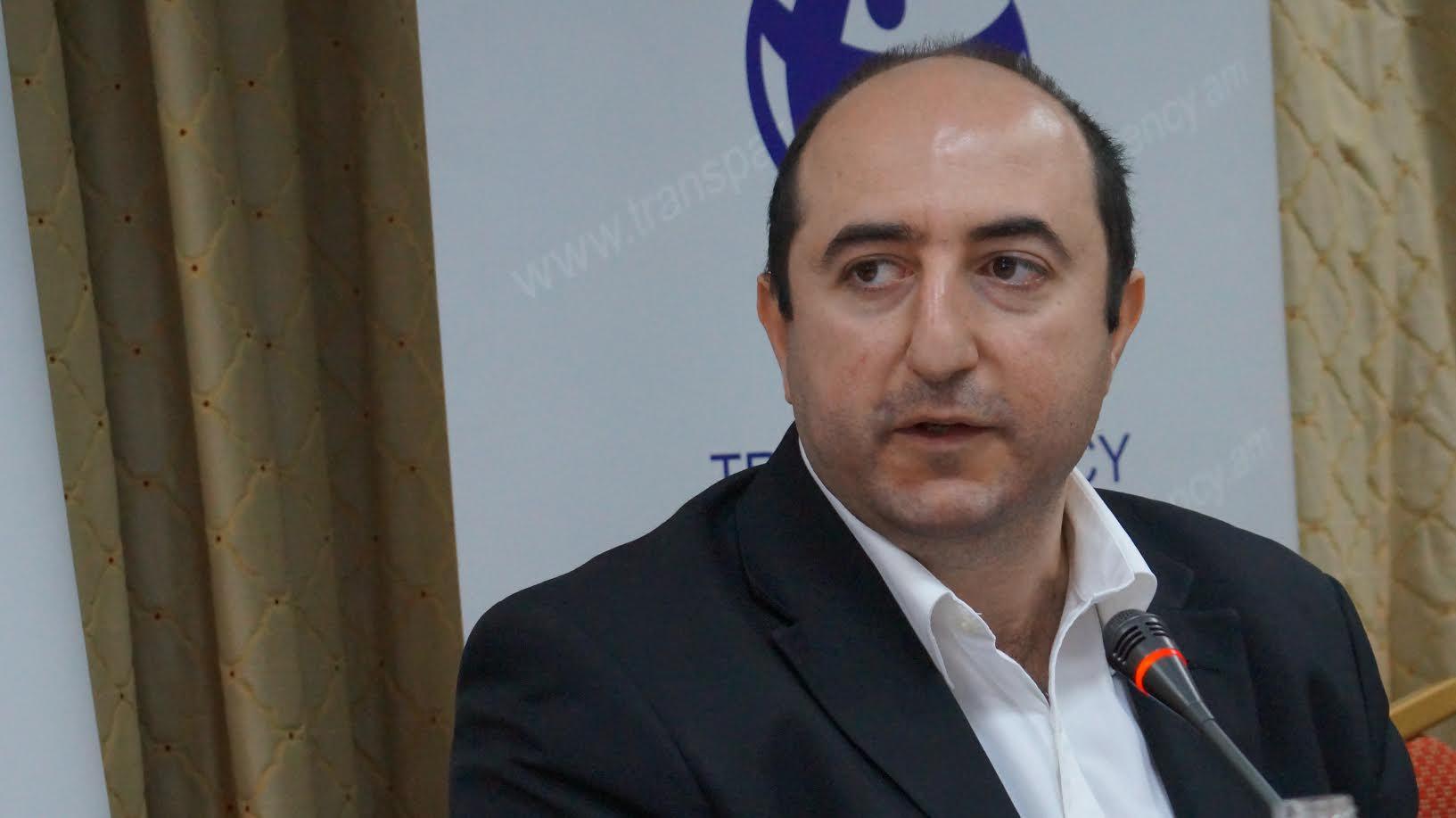 Photo of Почему Арутюняны уходят в отставку именно сейчас, и почему они не делали этого раньше?