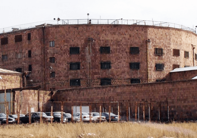 Photo of Նոր մանրամասներ՝ Նուբարաշենի բանտում տեղի ունեցած զանգվածային անկարգություններից