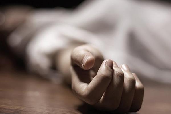 Photo of «Իմ մերը հո ճնճուղ չէ՞ր, մեռավ գնաց ու վե՞րջ». Գյումրիում սպանված կնոջ դուստր