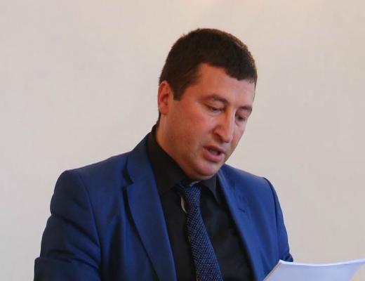 Photo of «Եկեք հիմա չշտապենք. ունենք բազմաթիվ վարկածներ». Շիրակի մարզի դատախազը՝ Գյումրիում տեղի ունեցած սպանության մասին