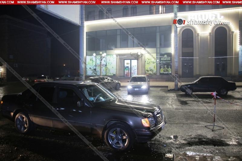Photo of Ողբերգական վրաերթ Գյումրիում. 42-ամյա վարորդը Mercedes-ով վրաերթի է ենթարկել 79-ամյա հետիոտնին. վերջինը հիվանդանոցում մահացել է