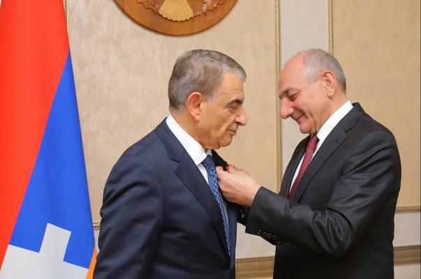Photo of Президент Арцаха принял председателя парламента Армении