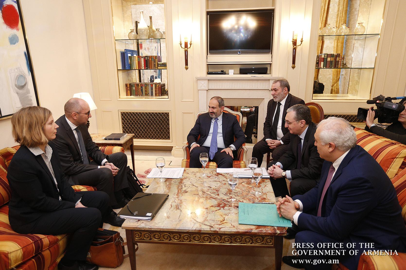 Photo of Մեկնարկել է ՀՀ վարչապետի պաշտոնական այցը Գերմանիա. ՀՀ վարչապետը հանդիպել է գերմանական KfW բանկի տարածաշրջանային տնօրենին