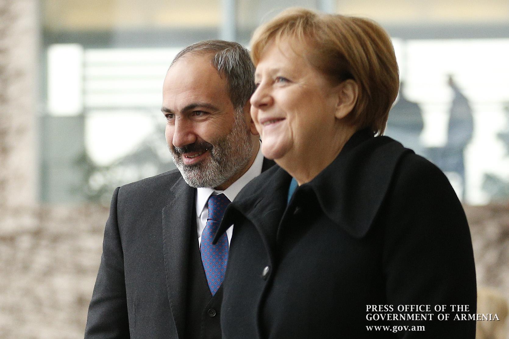 Photo of Արցախյան խնդրի կարգավորման ի՞նչ «խիզախ քայլերի» մասին ակնարկեց Անգելա Մերկելը.  ՀՀ վարչապետը պարզաբանեց