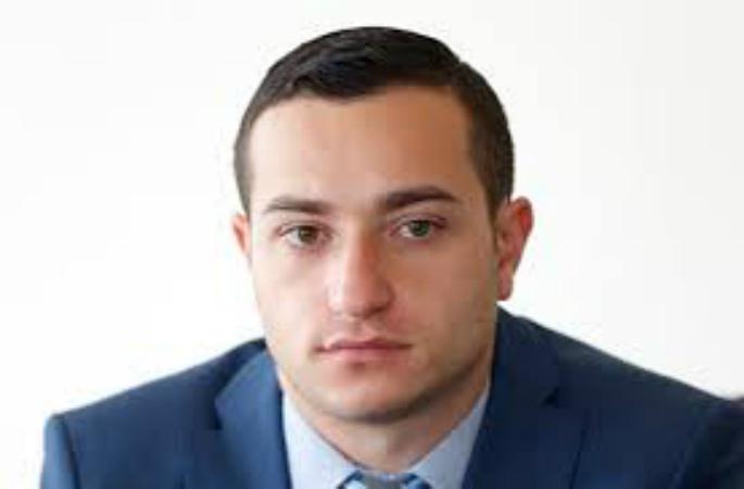 Photo of «Եվրոպացի գործընկերների ուշադրությունն եմ հրավիրել ադրբեջանական հանրակրթական դպրոցներում հայատյացության սերմանմանը». Մխիթար Հայրապետյան