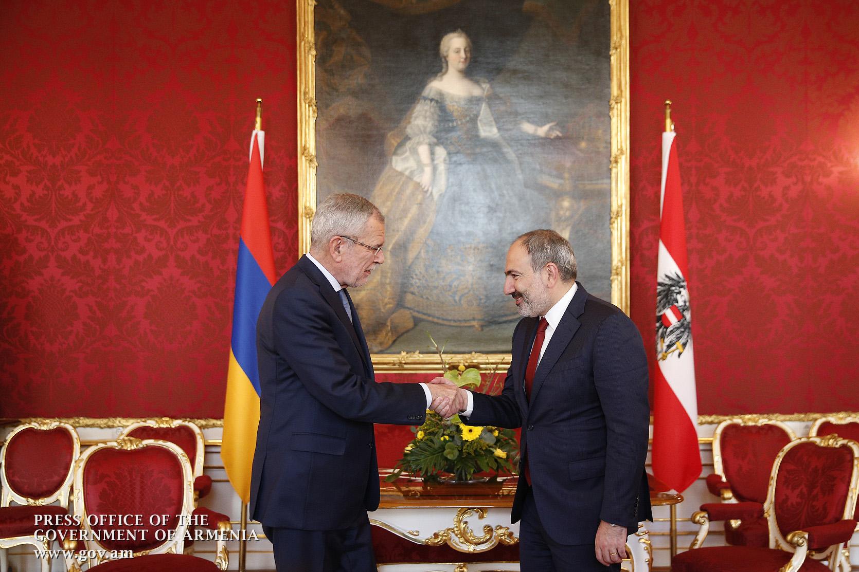 Photo of Փաշինյանն Ավստրիայի նախագահին պատմել է Ադրբեջանի նախագահ Իլհամ Ալիևի հետ ունեցած հանդիպման մասին
