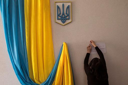Photo of В Киеве на избирательном участке женщина родила ребенка