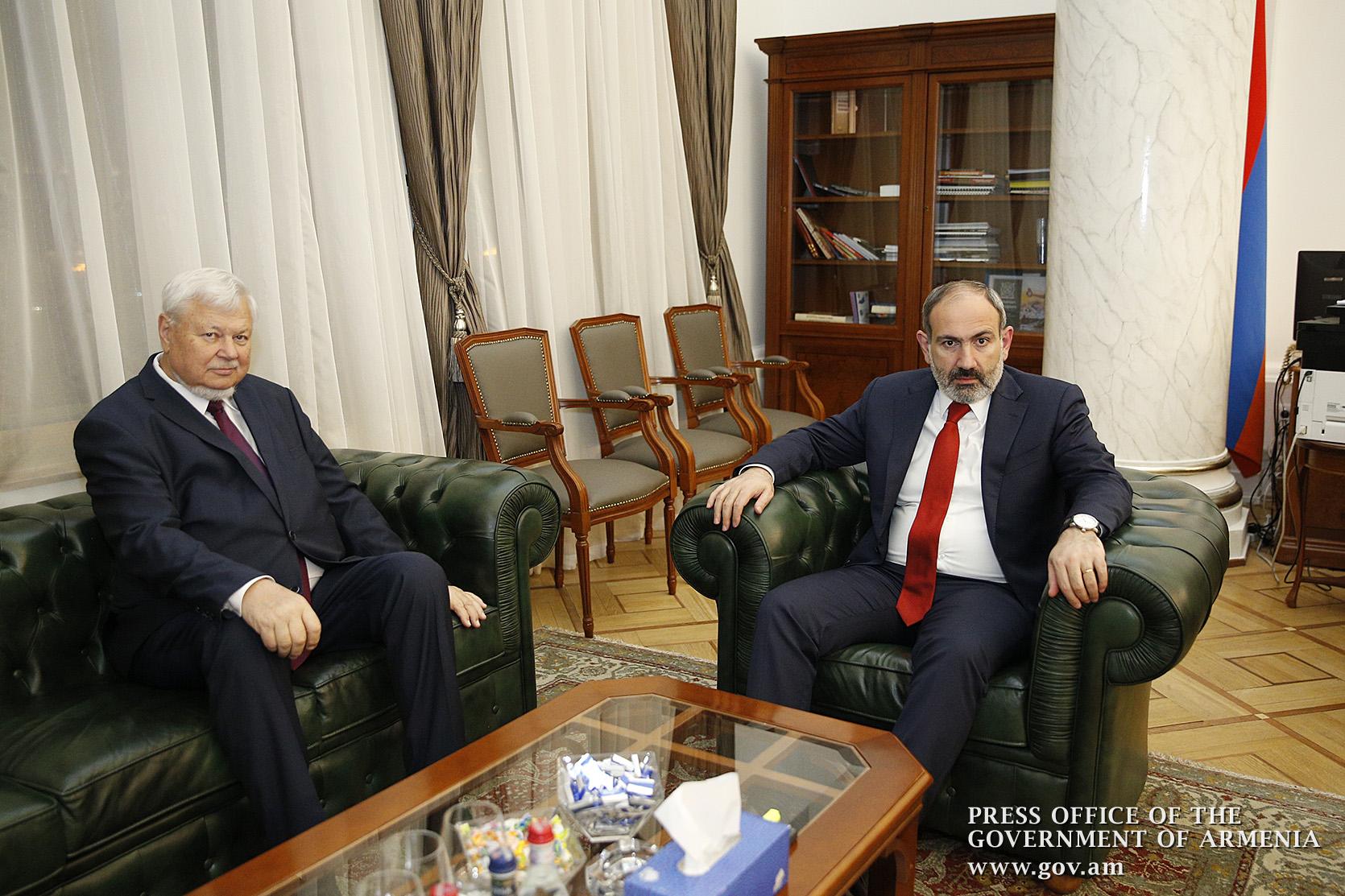Photo of Վարչապետն ընդունել է ԵԱՀԿ գործող նախագահի անձնական ներկայացուցիչ Անջեյ Կասպրչիկին