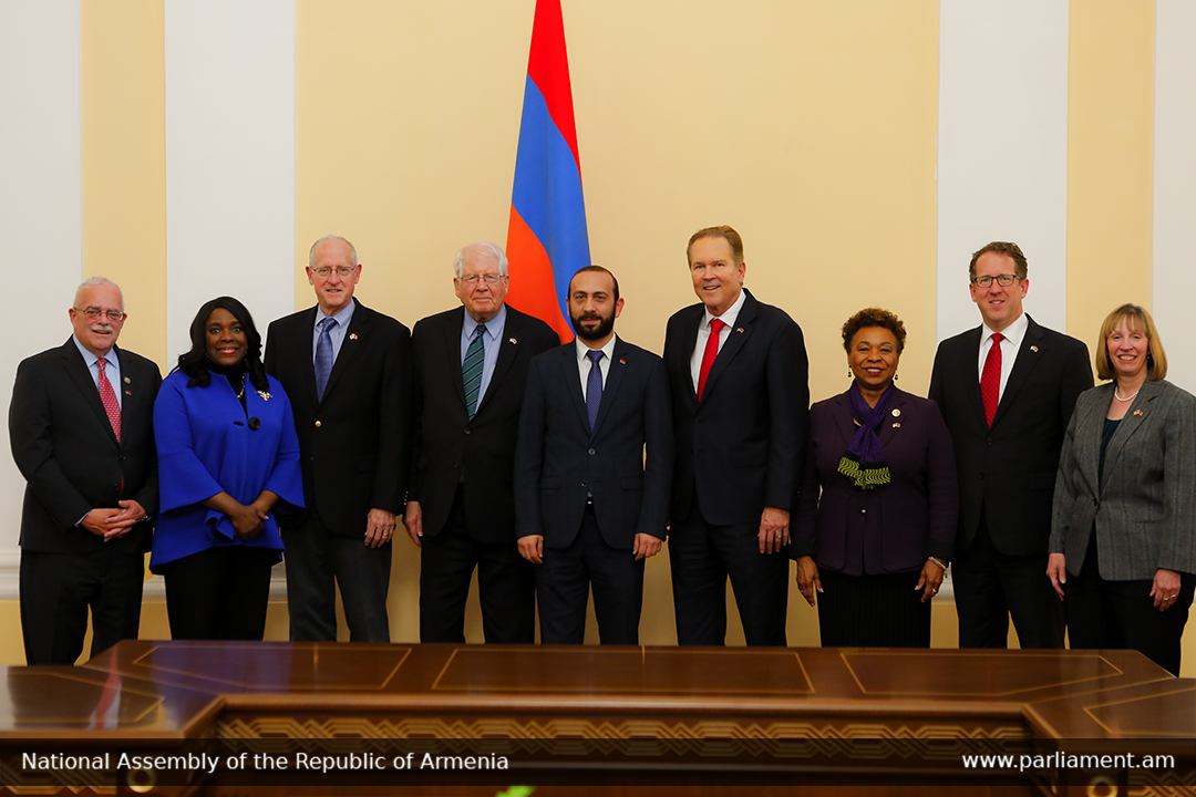 Photo of ԱԺ նախագահն ընդունել է ԱՄՆ կոնգրեսականների