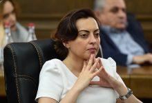 Photo of «Իհարկե վստահում եմ ԱԱԾ-ի գործողություններին». Լենա Նազարյան