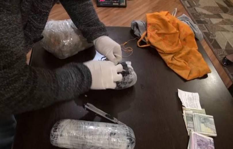 Photo of Երեք անձի մեղադրանք է առաջադրվել՝ թմրամիջոցների ապօրինի շրջանառության համար