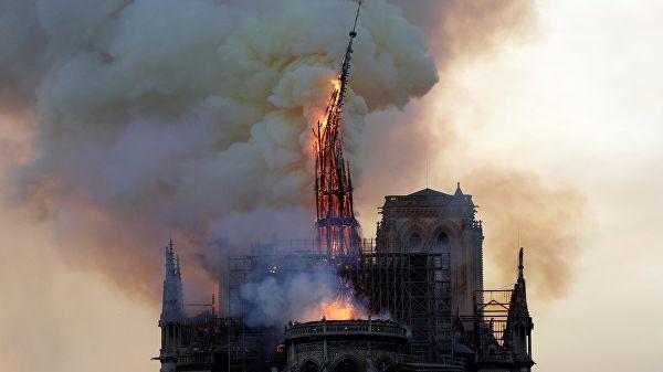 Photo of Макрон о пожаре в Нотр-Даме: сгорела сама история Франции