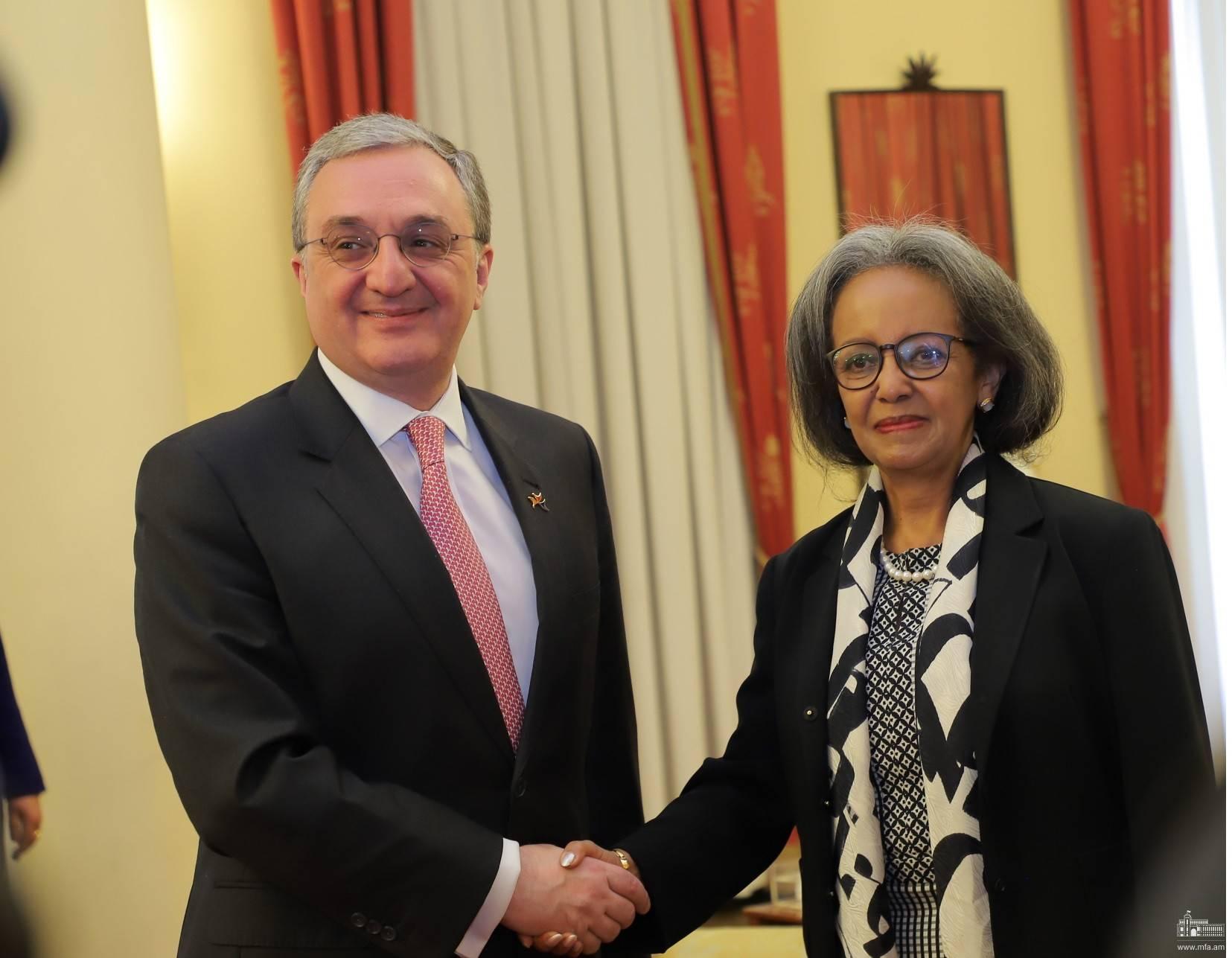 Photo of Մեկնարկեց ԱԳ նախարարի այցը Ադիս Աբեբա. ՀՀ ԱԳ նախարար Զոհրաբ Մնացականյանի հանդիպումը Եթովպիայի նախագահ Սահլե-Վորկ Զևդեի հետ